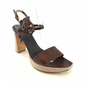 Prada ankle strap leather sandals size 39.5